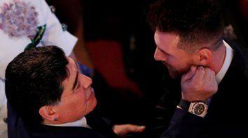 que le dijo maradona a messi cuando lo corrio en la segunda parte de la cumbre en the best