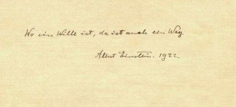 Una de las notas.. Albert Einstein le recomendó al mozo que guardara el texto porque valdrá mucho más.