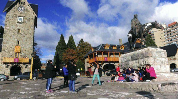 Denunció que un coordinador intentó abusar de su hija en el viaje de egresados a Bariloche
