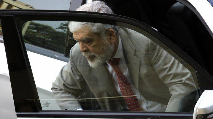 Tras dictamen de comisión, Diputados tratará hoy el desafuero de Julio De Vido