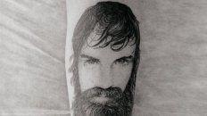 sergio maldonado mostro el tatuaje que se hizo para rendir homenaje a santiago