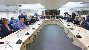 Lifschitz participó de una reunión de gobernadores peronistas en Buenos Aires.