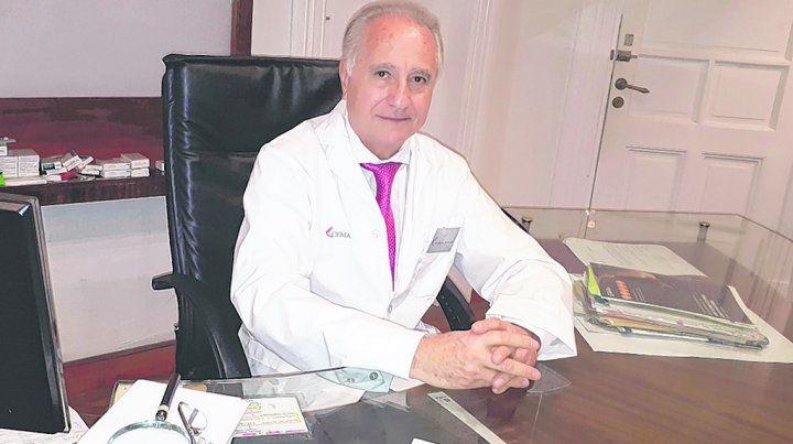 Precursor. Alfonso Benítez Gil fue uno de los promotores en Rosario de la cirugía conservadora de mamas.