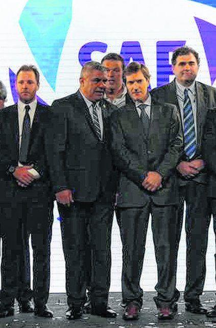 Tapia y Elizondo. El presidente de la AFA y el CEO de la Superliga
