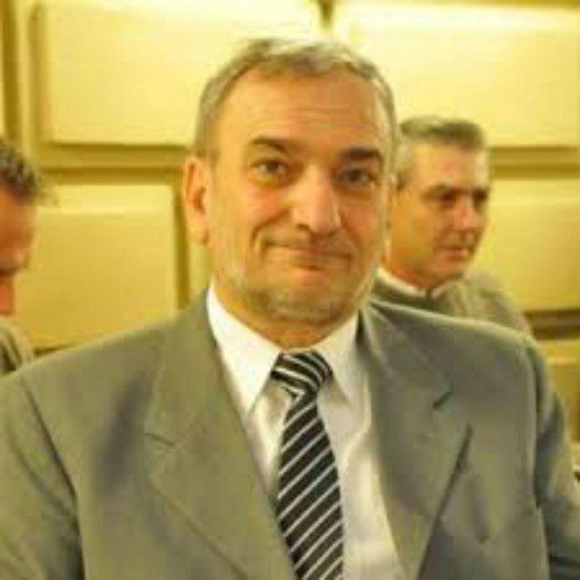 El senador Alcides Calvo.
