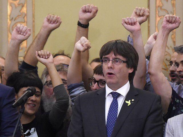 Radicalización. Puigdemont hizo una alianza con la extrema izquierda para impulsar la ruptura.