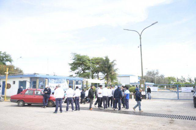 Conflicto. Unilever quiere despedir a 65 obreros en VGG.