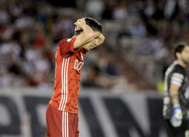 No se lo pierde. Nacho Fernández ayer entrenó normal sin rastros de dolores.