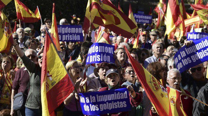 Manifestantes a favor de la independencia.