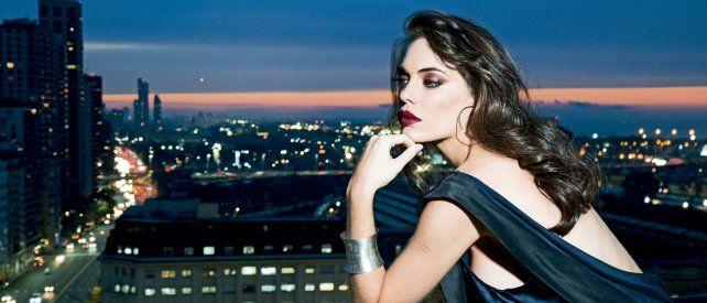 El sorprendente cambio de look de Emilia Attias con una foto súper sensual