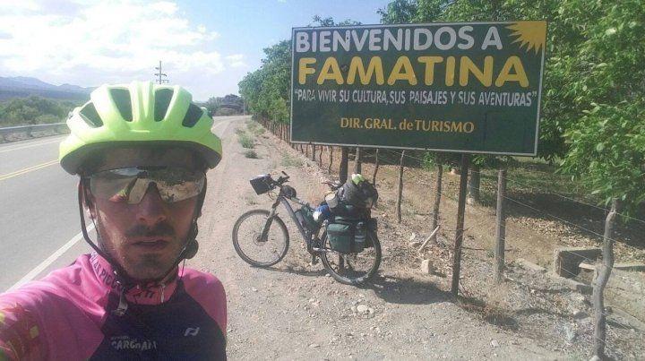 Recorre el país en bici para que los bomberos de San Jerónimo Sur tengan cuartel nuevo