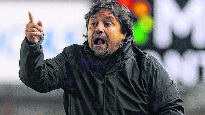 Ricardo Caruso Lombardi: Central tiene delanteros picantes