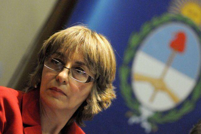 En medio de fuertes presiones, Gils Carbó presentó su renuncia