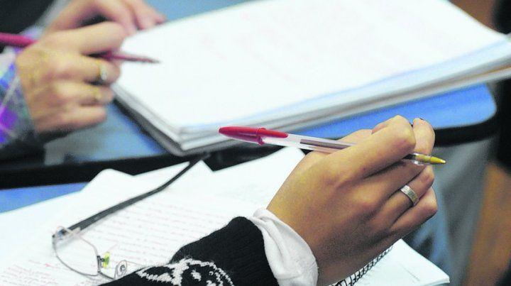 La intención de las pruebas nacionales en todo el país no es educativa. Tiene la decisión de atar los resultados a premios y castigos.