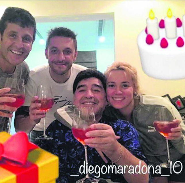 Cumple 57 de Diego Maradona y saludo del rojinegro