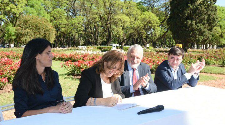 Los rosarinos podrán casarse en el renovado Rosedal del Parque Independencia