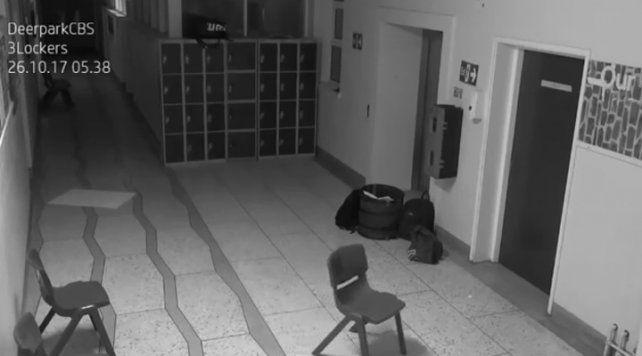 Una cámara de vigilancia de una antigua escuela irlandesa volvió a detectar un fantasma