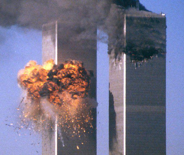El 11-S. En septiembre de 2001 terroristas suicidas de Al Qaeda estrellaron aviones contra las míticas Torres Gemelas.
