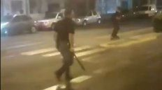 La imagen del conductor con el machete en la mano que se pudo apreciar en el video.