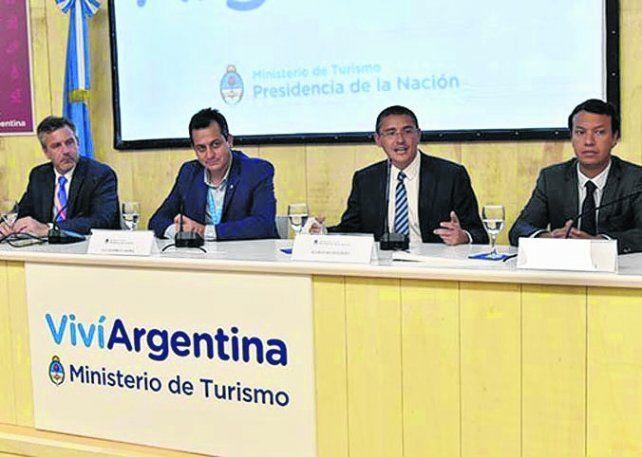 Presentaron el Foro Nacional de Turismo Salta 2017