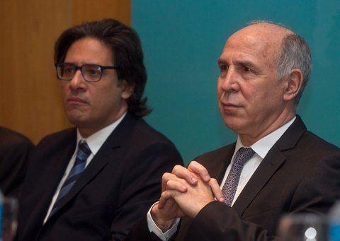 caras serias. El ministro Garavano y el presidente de la Corte cruzaron espadas en el marco de un congreso.