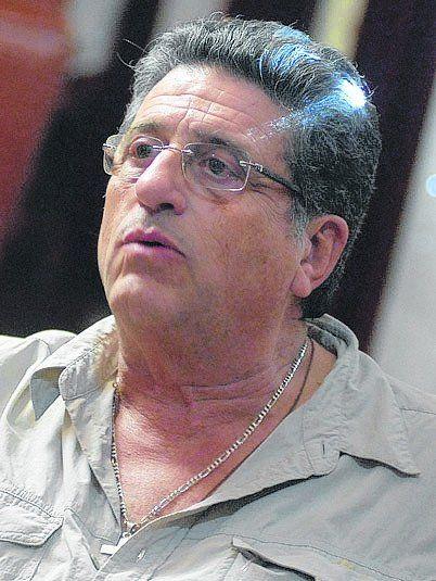 Luis Cáceres.