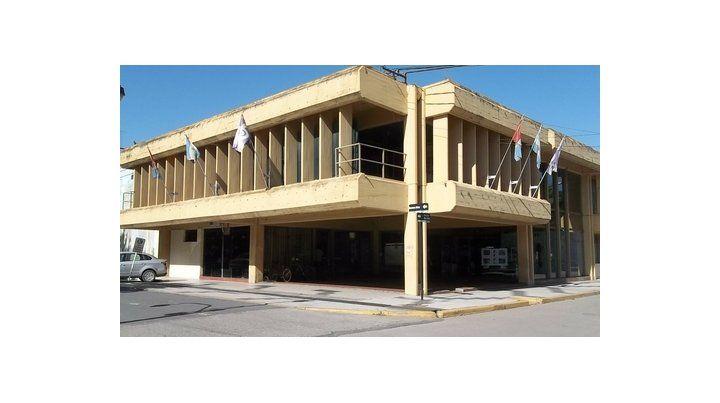 Cobrar. El municipio exige una deuda a Emergencias Médicas. El edil Stampone percibe una campaña opositora.