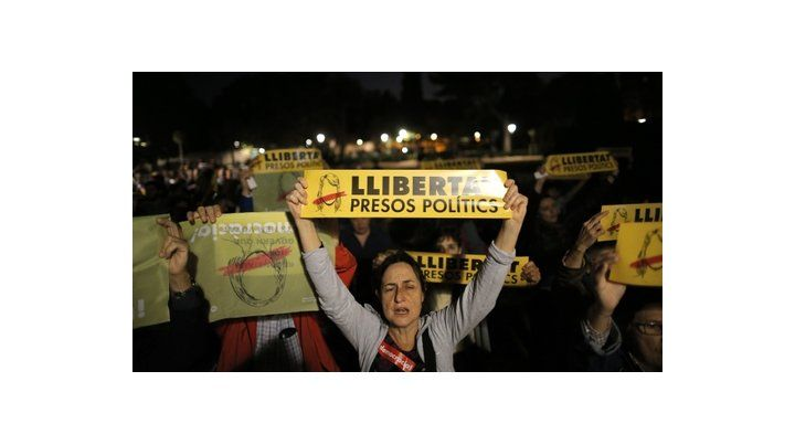 protesta. Los independentistas salieron ayer a las calles en Barcelona.