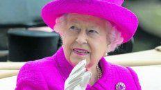 Isabel II puso 13 millones de dólares en Caimán y Bermudas.