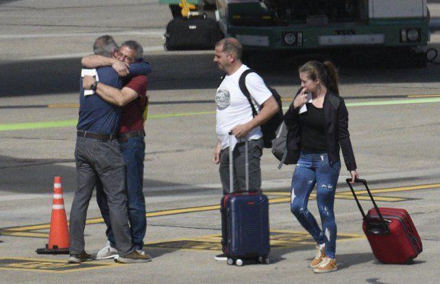 Los sobrevivientes del atentado de Nueva York llegaron esta mañana al aeropuerto Islas Malvinas.