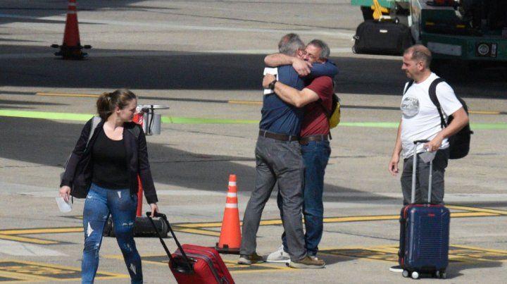 Emotivo recibimiento a los sobrevivientes del atentado de Nueva York en Fisherton