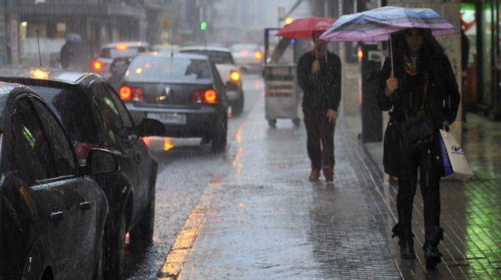 El mal tiempo estará presente casi todo el martes.