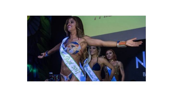 La voluptuosa Rosie Oliveira se consagró ganadora del concurso Miss Bumbum