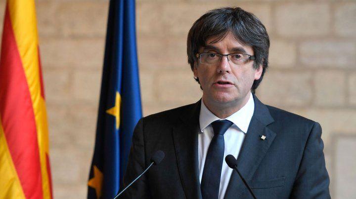 Puigdemont insiste en una lista única independentista ante el riesgo de ir preso