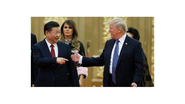 Histórica visita. Los presidentes de China y EEUU durante una ceremonia en el Gran Salón del Pueblo.