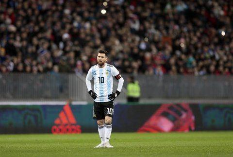 Terminó bien. Messi cumplió y viajó.