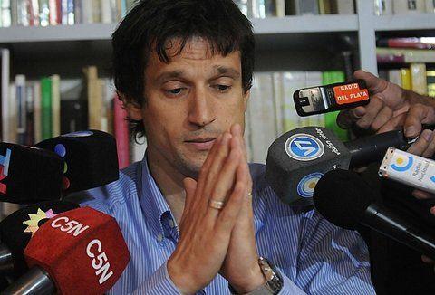 hasta las manos. Lagomarsino fue el último que vio con vida a Nisman: fue el día que le prestó su arma.