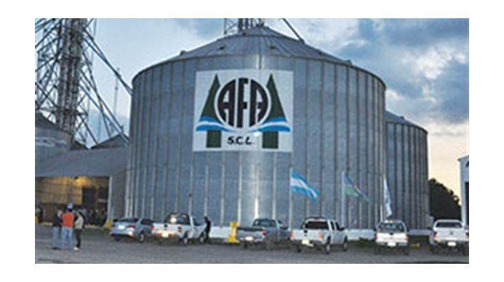 Protesta y negociación por despidos en AFA