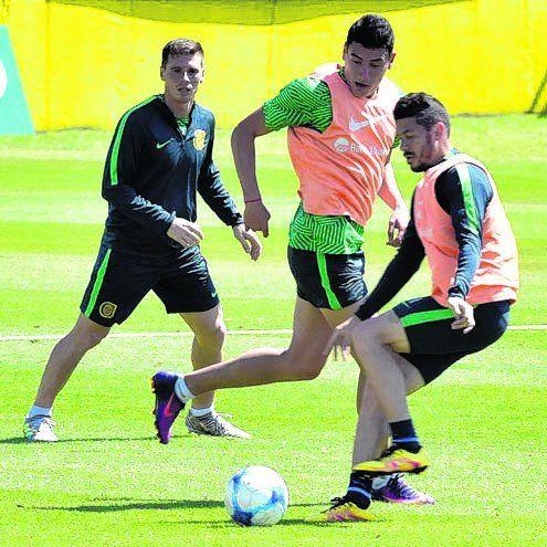 A full. Fernández ayer marcó punta.