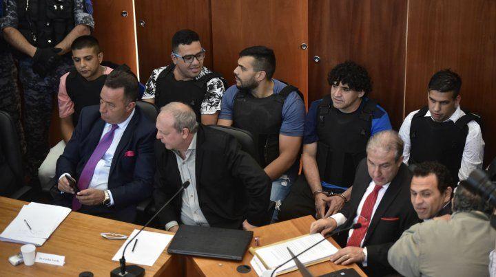 Los principales acusados en la primera audiencia del juicio.