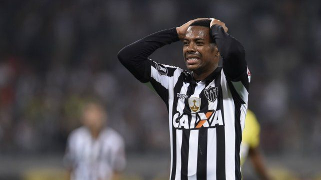 El brasileño Robinho fue condenado a nueve años de prisión