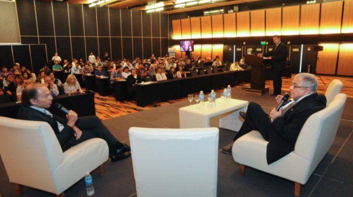 Luis Borsari durante la disertación en Expo inversiones Rosario 2017.