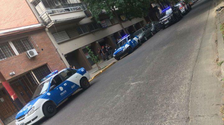 Varios móviles llegaron a las inmediaciones de Paraguay y La Paz por los mismos motivos.