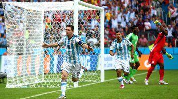 como le fue a argentina ante los rivales que le toco