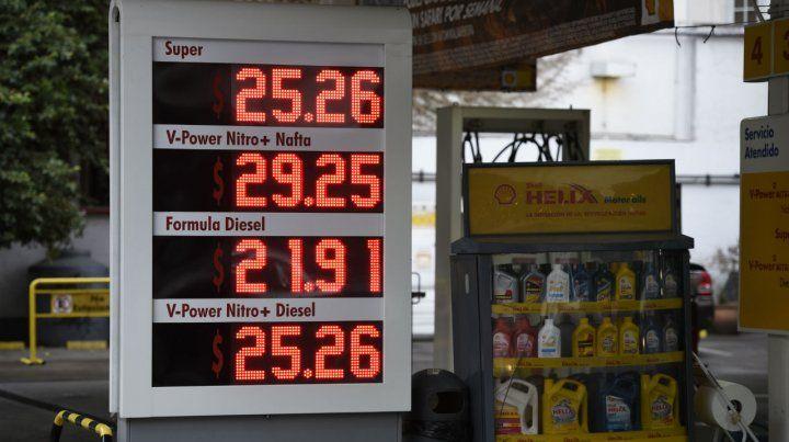 La Shell aumentó los precios ayer después del mediodía. La foto muestra las cifras actualizadas.