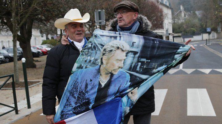 Murió Johnny Hallyday,  rockero a la francesa y un icono del país
