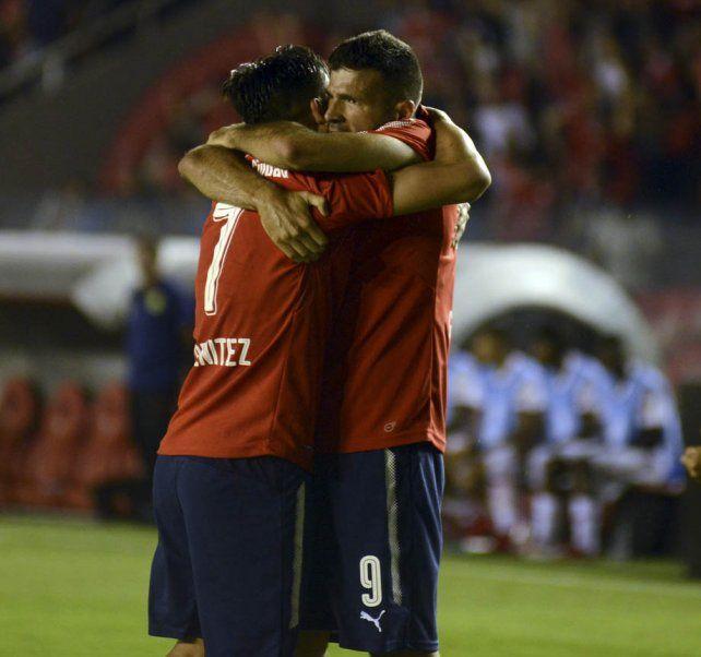 Quiere otra copa. Gigliotti y Meza hicieron los goles del Rojo en el 2 a 1 ante Flamengo.