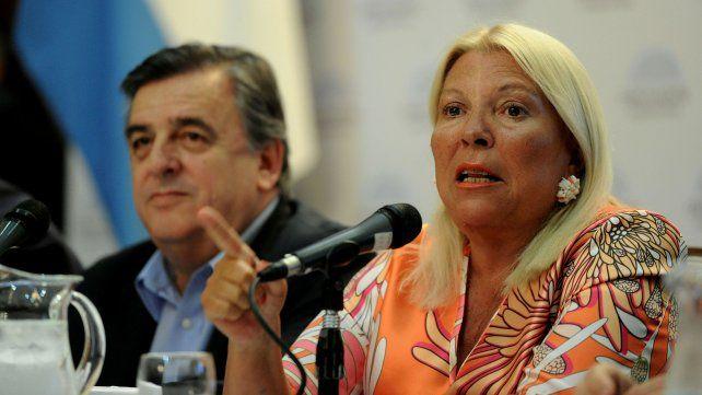 Elisa Carrió junto a Mario Negri.