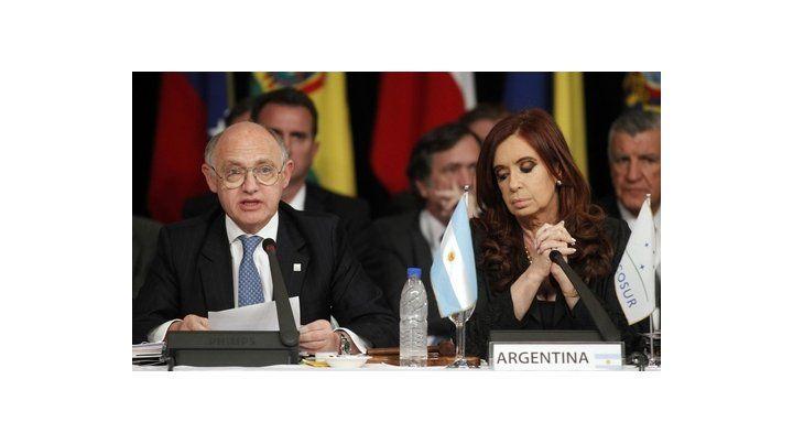 tándem. La ex presidenta y su ex jefe de la diplomacia comparten abogados y la misma estrategia judicial para defenderse.