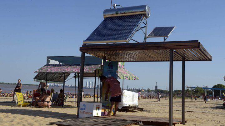 Sustentable. En las estaciones se puede recargar el termo y el celular.